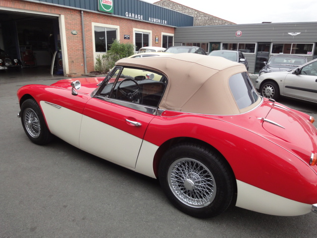 Restauration voitures anglaises - Austin Healey BJ8