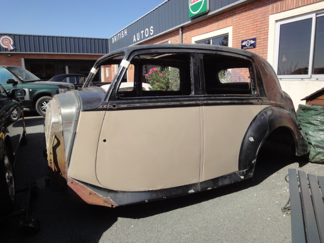Restauration voitures anglaises - BENTLEY MK VI